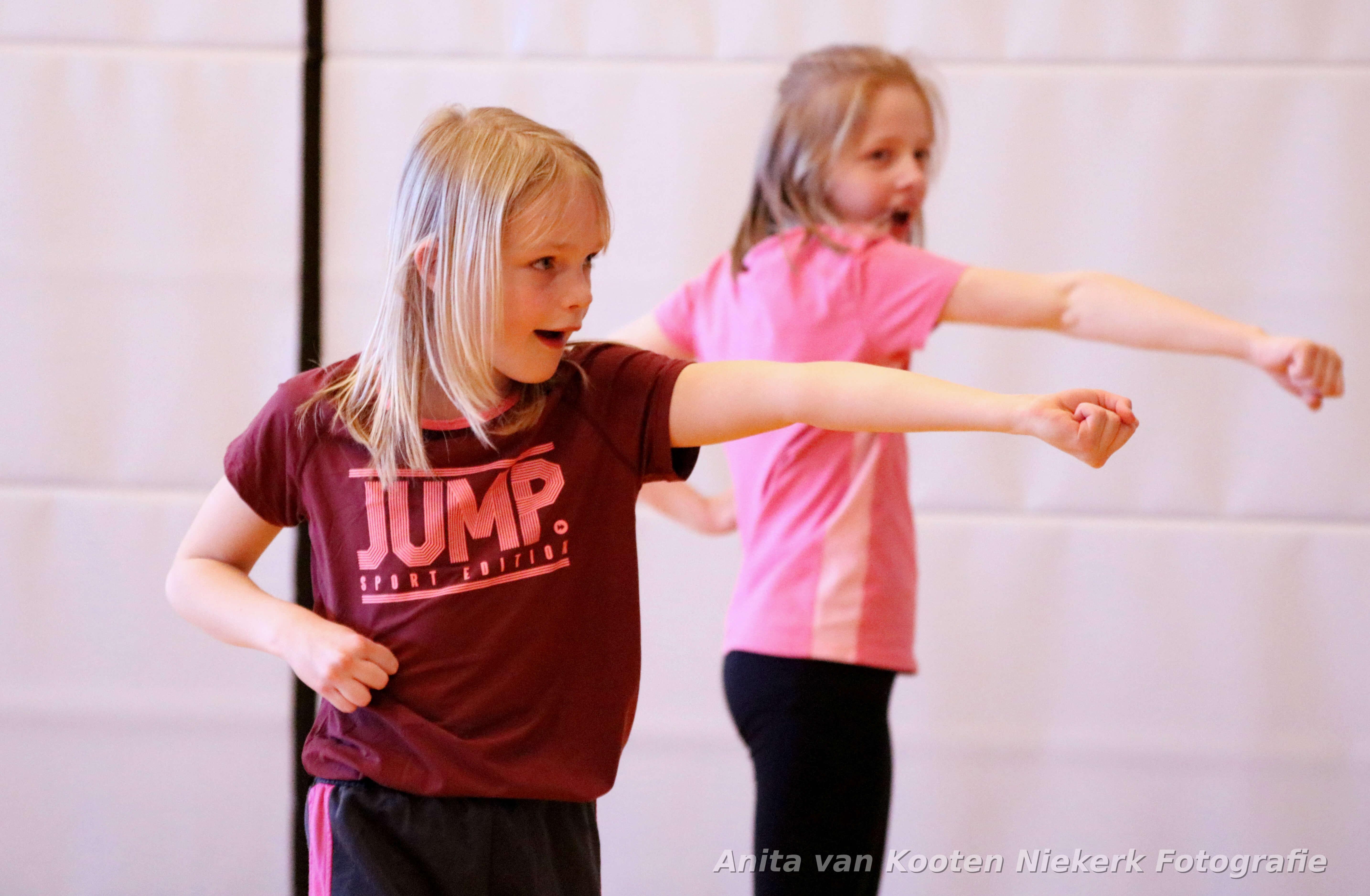 Record aantal kinderen op de Wijkse Spelen op Sportpark Mariënhoeve